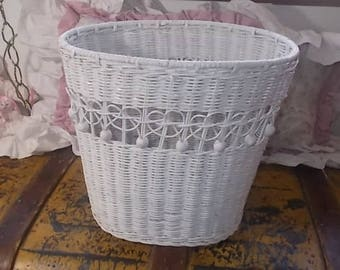 Wicker Basket, Waste Basket, Storage Basket, Vintage Basket, Woven Basket, Wicker Waste basket, Vintage home Decor, Country Decor, :)s*