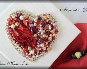 Love&Passion - Embroidery Heart Decorative Wall Hanging.