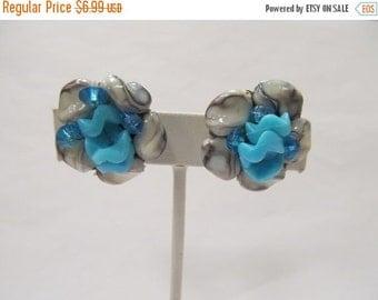 On Sale HONG KONG Blue and White Beaded Cluster Earrings Item K # 1452