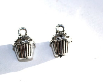 6pc Silver Cupcake Charms bracelet charms/ necklace charms