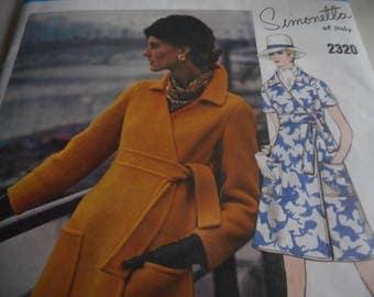 Vintage 1970's Vogue 2320 Couturier Design Simonetta Dress Sewing Pattern, Size 12 Bust 34