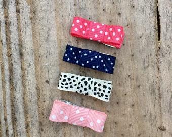 """The """"Violet"""" - 4 small snap clip ribbon bows"""