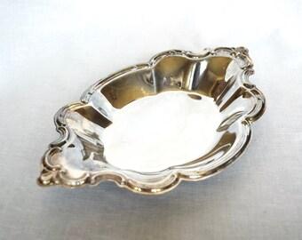 Silver plate bowl...bon bon dish…International Silver Co. bowl.