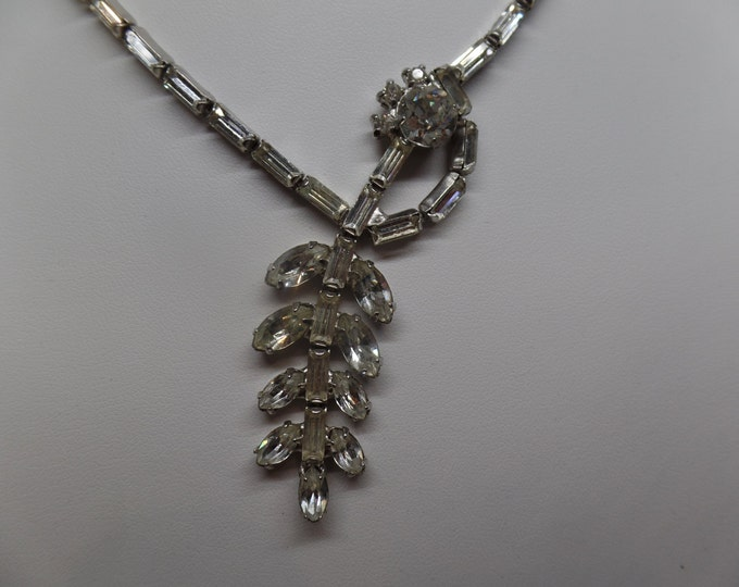 Gorgeous Vintage Sparkling Ice Baguette Crystal Necklace