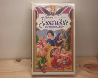 Snow White and the Seven Dwarfs Classic VHS movie Original Clamshell Case Masterpiece Collection Walt Disney