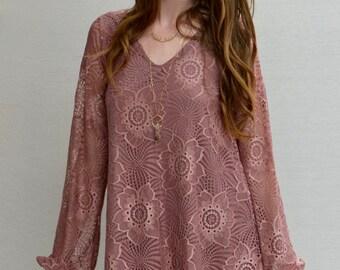 Magnolia V-Neck Dress in Mauve