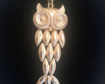 """Avon OWL Necklace/Owl Chain Necklace/Goldtone Owl Chain/OWL Pendant Necklace/Avon Owl Pendant/24"""" Goldtone Chain/Articulated Owl"""