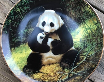 Last of their Kind: Endangered Species Series Collector Plate The Panda First Plate of Ten in the series The Wildlife Society Will Nelson