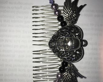 Skull bridal feather hair comb