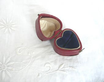 Heart shaped ring box - antique leather ring box - hinged ring box - Victorian leather ring box - red leather English wedding ring box