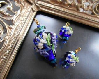 Monte Verdi Lampwork Beads - Handmade - Floral Focal - Oceans Inside circa 2003