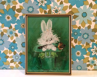 Vintage Kitsch Rabbit in a Leprechaun Hat Print Cute Robin Kawaii