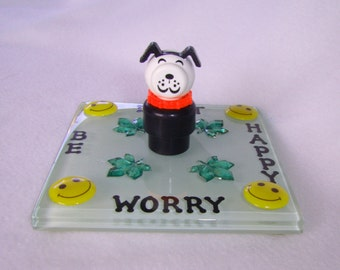 "Dog Humor Figurine, ""Don't Worry, Be Happy"" Unique Insprational Art Gift for Friend, Dog Paperweight, Happy Dog Art, Smiley Get Well Gift"