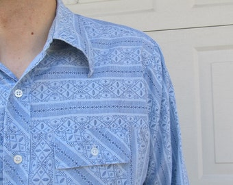 1970s mens long sleeved blue shirt with geometric designs, XL
