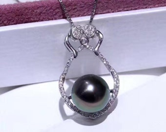 Black peacock pearl sterling silver pendant necklace- One pearl necklace- Luxurious black pearl pendant