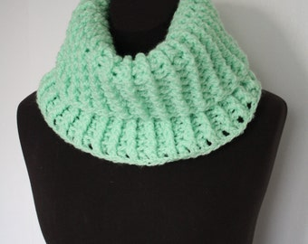 Neck Cowl (MINT GREEN)