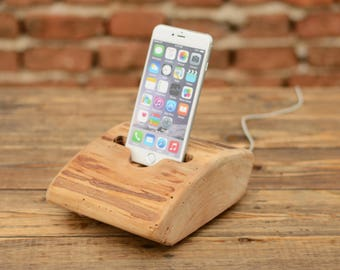 iPhone desk holder, Mobile stand, Phone holder, Wooden iPhone 6 stand, Wood charging dock, iphone 7 plus, Husband gift, Woodworking gifts