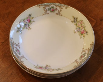 Meito China (Japan) Hand-Painted Vintage China Pattern MEI597 Set of Four Coupe Soup Bowls