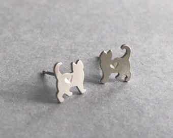Personalized Silver Heart Cat Earrings, Cat studs