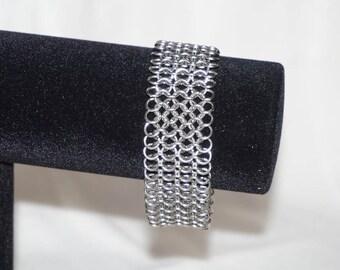 European 4 in 1 design handmade chainmaille sheet bracelet.