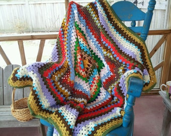 Classic Granny Square Hand Knit Blanket, Colorful Crocheted Afghan, Vintage Rainbow Wrap, Boho Picnic, Unique Crochet Lap Throw, Hippie Chic