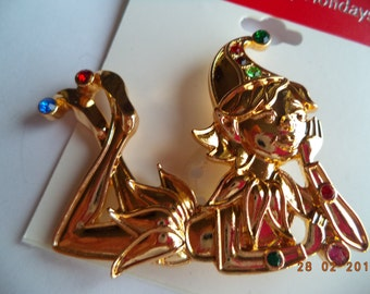 Vintage Unsigned Cute Goldtone/Rhinestone Pixie Brooch/Pin
