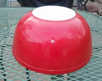 Pyrex Red 404 Bowl