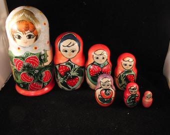 """Vintage Russian wooden doll (nesting doll """"Matrioshka"""")"""