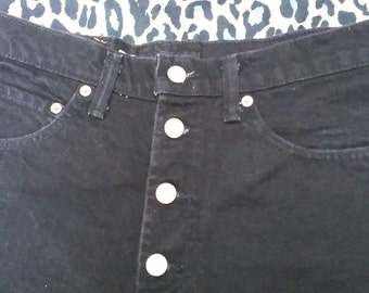 Vintage high wasted black denim shorts with button crotch! size 11