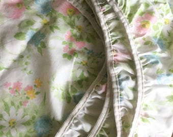 Vintage Twin Bed Fitted Floral Pastel Sheet
