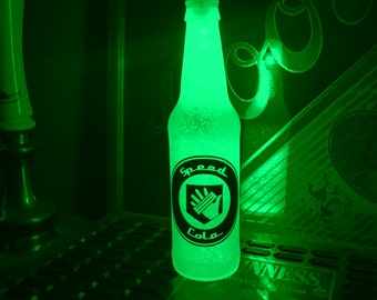 Call Of Duty Black Ops Speed Cola 12 oz Zombie Perk Bottle Light LED Bar Man Cave