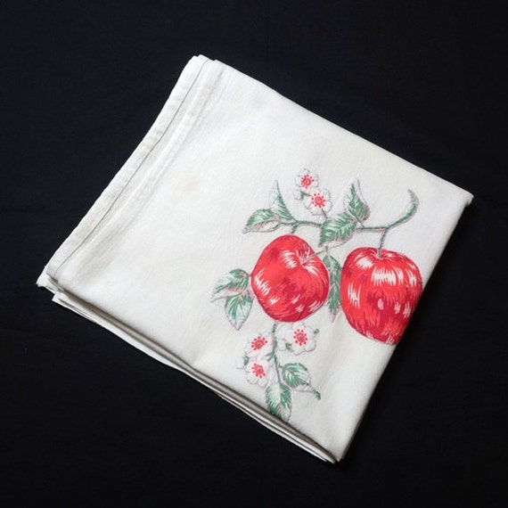 1960s Vintage Apple Print Cotton Tablecloth With Hand