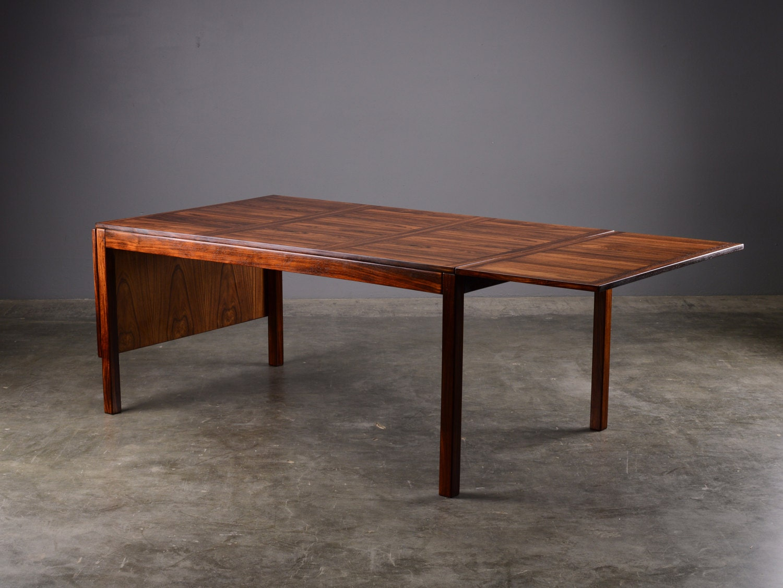 Large danish modern drop leaf dining table rosewood for Large modern dining table