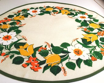 Swedish 60s round vintage tablecloth with a fantastic retro floral pattern. Spring