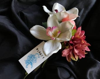 Hussy Bouquet