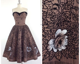 50s Rose Print Sweetheart Party Dress / 1950s Vintage SUZY PERETTE Prom Dress / Small / Size 4