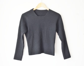 black ribbed minimal cropped wool knit top 70s // XS-S