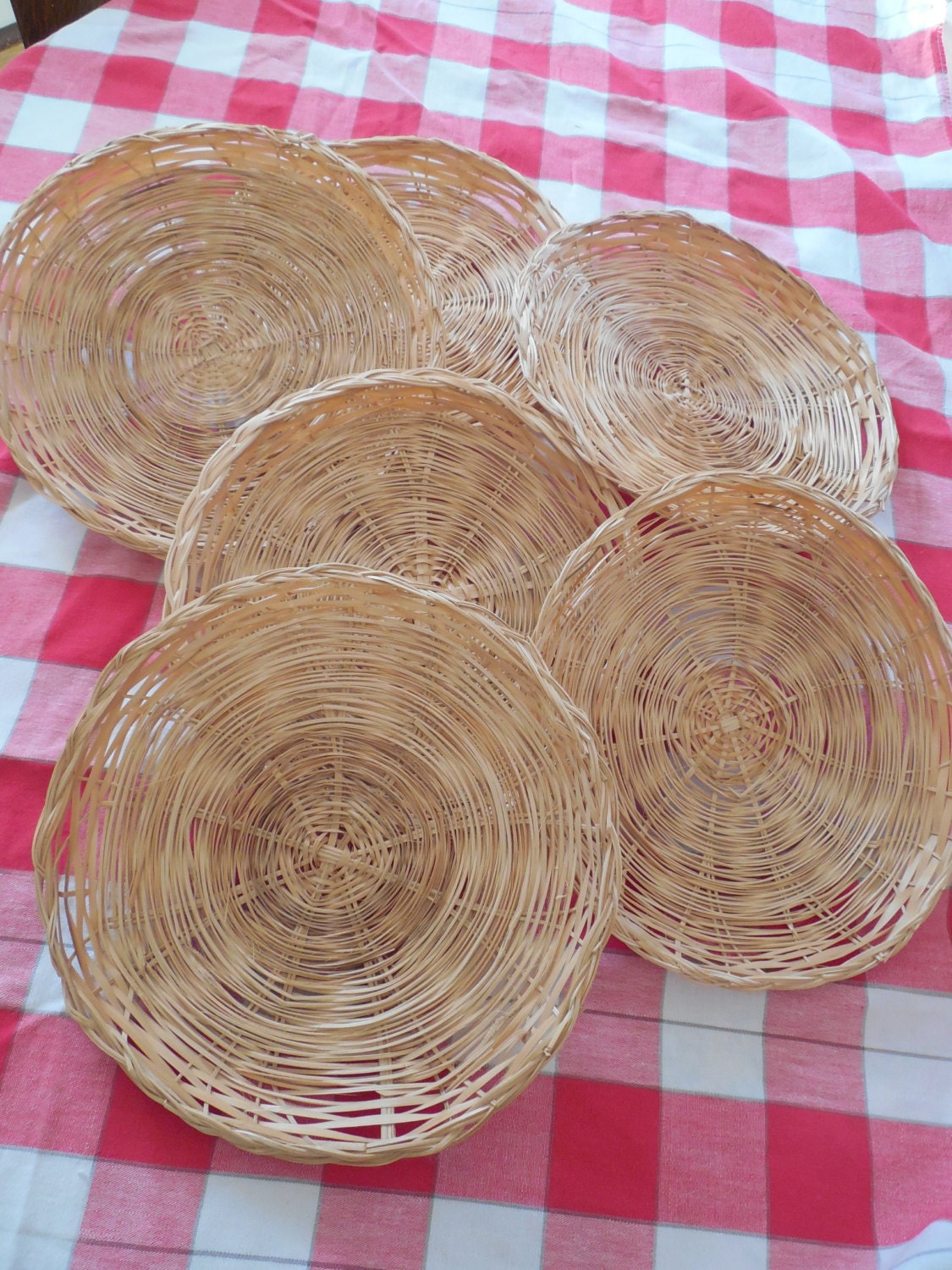 set of 6 wicker paper plate holders. Black Bedroom Furniture Sets. Home Design Ideas