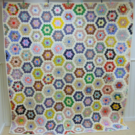 "Excellent!  Grandmothers Flower Garden Quilt.   New England.   Never Used.  83"" x 76"""