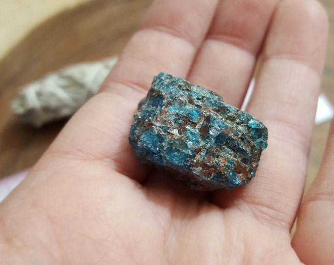 Blue Apatite ~ 1 small Reiki infused rough stone approx .9x.7x.6 inches (BAR19)