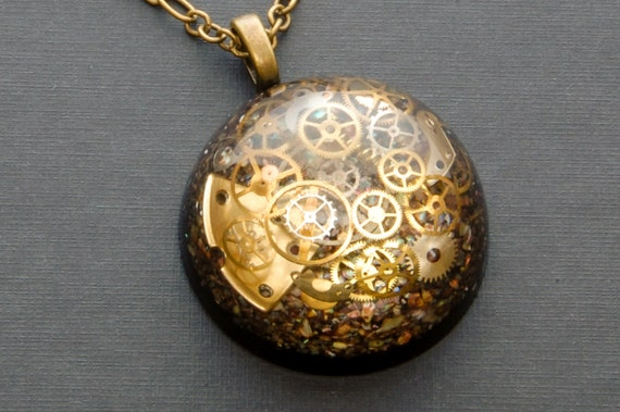 Steampunk Pendant / Necklace Watch Parts, Cogs and Gears in Resin,  Bronze Chain