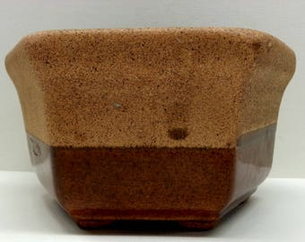 Haeger Pottery Hexagon Planter 4002, Two Tone Brown Glaze
