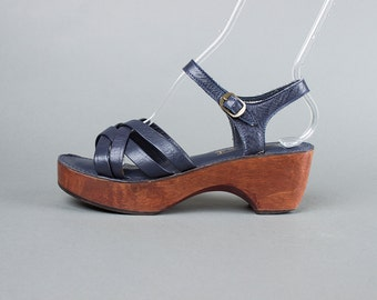 Vintage 1970s Shoes | 70s Wood Platform Wedge Leather Sandals Navy Blue Woven Strappy Open Toe Heels (womens 8.5)