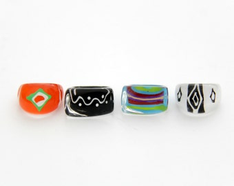 Vintage Rings // Lucite Ring - 1990s Vintage Acrylic Plastic Multicolor Chunky Ring // Set of 4
