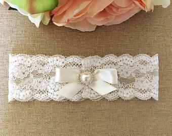 Wedding Garter - Bridal Garter - Toss Garter - Ivory Lace Garter with Satin Bow and Pearl