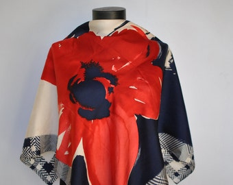 Vintage PRINTED SILK SCARF , hand rolled silk scarf...........(240)