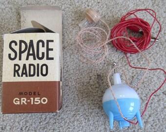 1950's Vintage Sputnik Type Satellite Space Radio Model GR-150 Crystal Radio