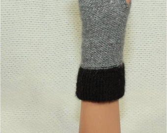Alpaca Gloves in Black and Gray