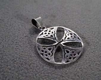 vintage sterling silver celtic cross amulet pendant, M1