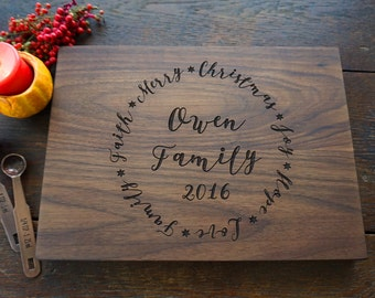 Personalized Holiday Cutting Board, Cheese Board Host Hostess Gift, Merry Christmas 2017, Gourmet Mom Gift, Present for Foodie Family Decor
